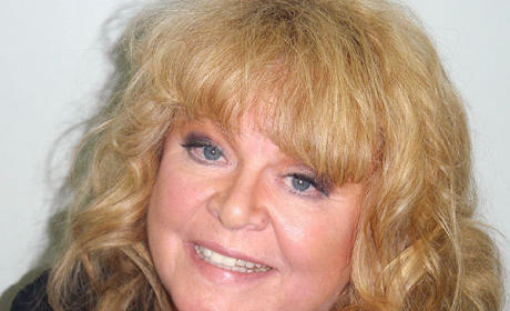 Sally Struthers Arrested For DUI