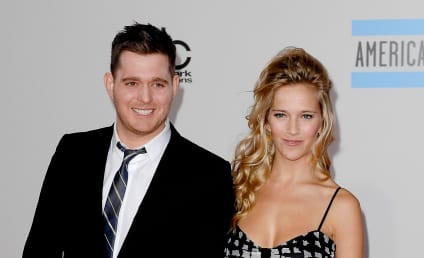 Michael Buble: Robbed During His Own Wedding!