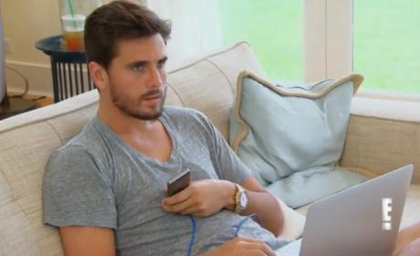 Scott Disick: Drunk at Kris Jenner's Birthday Party! Is Kourtney Kardashian Ready to Calit Quits?!