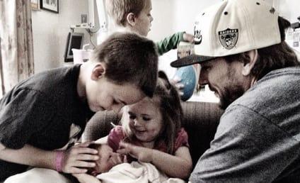 Kevin Federline Baby Photo: Meet Child #6!