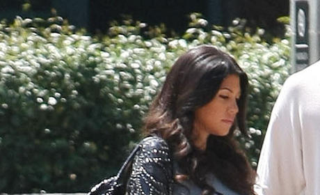 Baby Bump Watch: Kourtney Kardashian