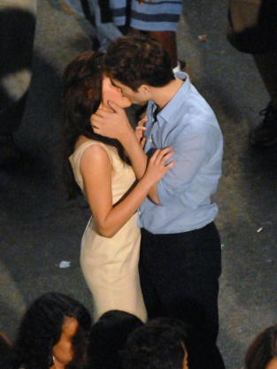 Bella/Edward Kiss