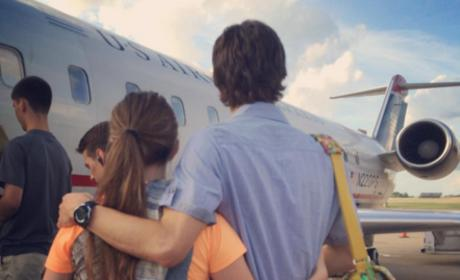 Jill Duggar and Derick Dillard Leave U.S. For Missionary Work: See the Farewell Pic!