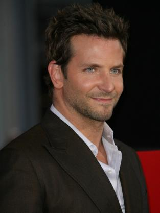 Bradley Cooper Red Carpet Pic