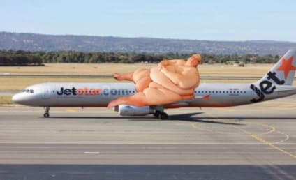 "Rich Wisken Pens Letter to JetStar, Complains About ""Fat Mess"" of a Fellow Passenger"