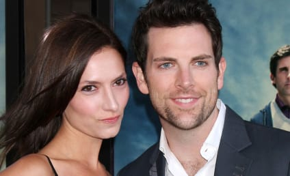 Chris Mann: Engaged to Laura Perloe!