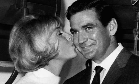 Rod Taylor Dies: The Birds Actor Was 84