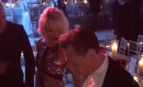 Taylor Swift and Tom Hiddleston: Dance Off!