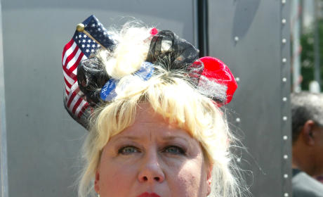 Victoria Jackson Hates Muslims, Loves Michele Bachmann and Rick Santorum