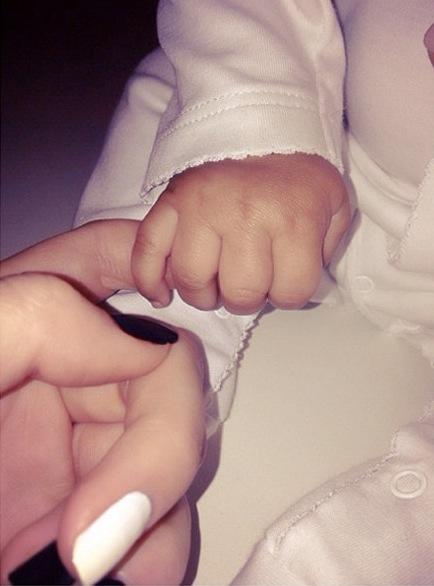 North West Hand Photo