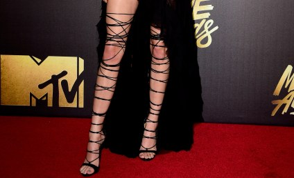 Kendall Jenner Flashes Butt on Instagram, Assistants Get a Peek