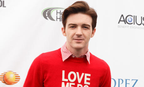 Drake Bell Deletes Moronic Caitlyn Jenner Tweet: What Did It Say?