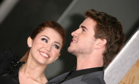 Miley Cyrus: Hanging with Liam Hemsworth on the Down Low!