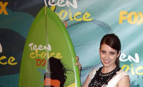 Getting to Know a Young Hollywood Star: Emma Roberts