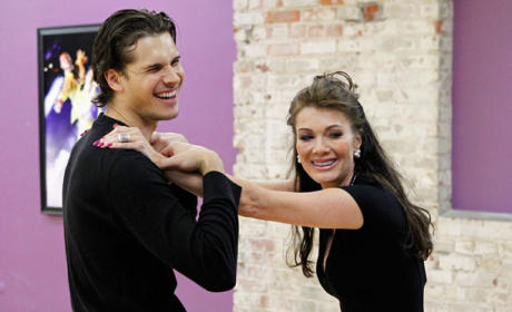 Lisa Vanderpump Faints on DWTS Set, Cleared to Compete Monday