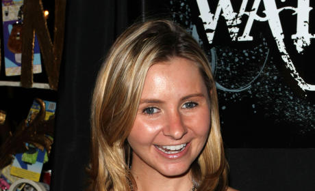 Beverley Mitchell: Pregnant with First Child!