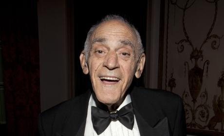 Abe Vigoda Dies; Legendary Actor Was 94