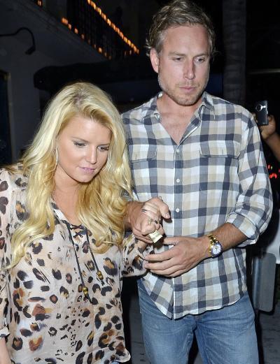Jessica Simpson Pregnant Pic?