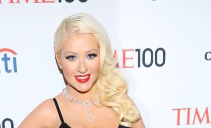 Fashion Face-Off: Christina Aguilera vs. Olivia Munn