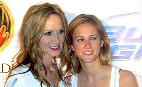 Chely Wright and Lauren Blitzer: Engaged!