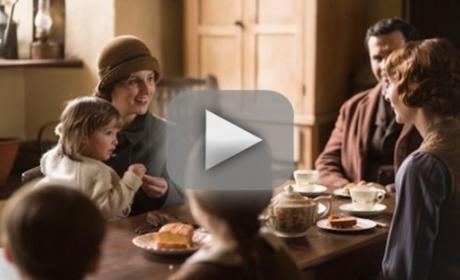Downton Abbey Season 5 Episode 1 Recap: A Fiery Return
