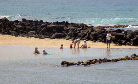 Newborn Left on Beach in Hawaii, Saved By Passerby