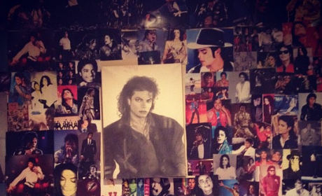 Paris Jackson Photo Wall: AWESOME Tribute to Michael