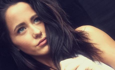 Jenelle Evans Addresses Pregnancy Rumors With Bikini Pic!