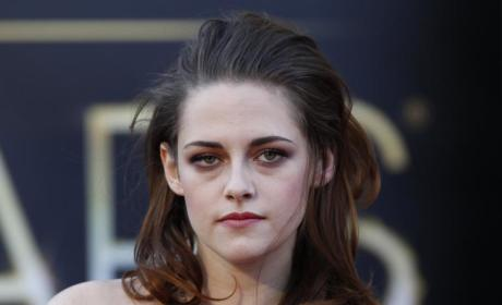 Kristen Stewart: Dating Alicia Cargile?