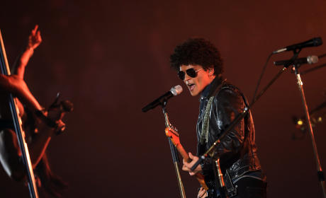 Bruno Mars at the EMAs