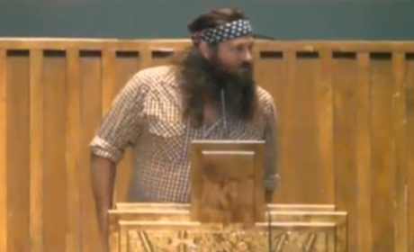 Duck Dynasty Stars in Church: Preach On!