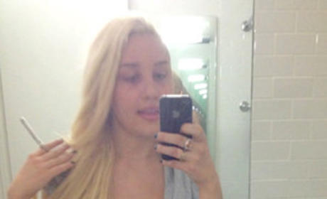Amanda Bynes Tweets From Hospital: I Love Drake!