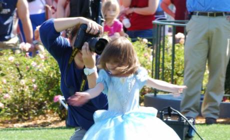 Suri Cruise: The Halloween Dress-up Game