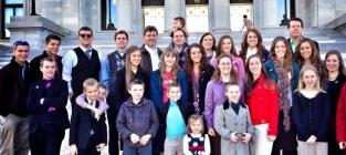 There are SO Many Duggars!