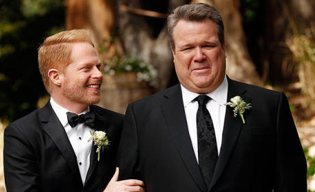 Modern Family, ABC Pay for New York City Marriage Licenses