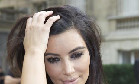 Kim Kardashian, Too Close Up