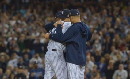 Mariano Rivera Says Goodbye to Yankee Stadium, Breaks Down on Mound