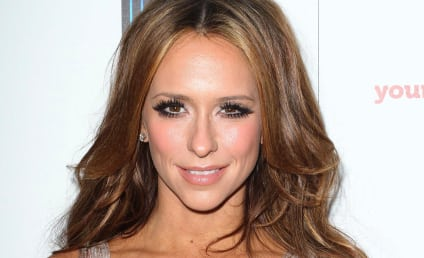 Mother of Jennifer Love Hewitt Passes Away