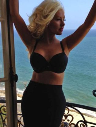 Hot Christina Aguilera Photo