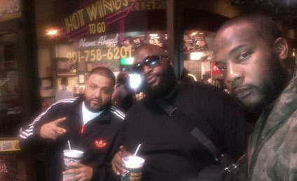 Rick Ross: Okay! Eating Chicken Wings!