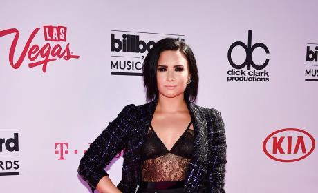Demi Lovato at the 2016 Billboard Music Awards