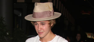 Justin Bieber Wears Ugly Hat
