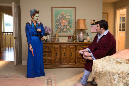 Kristen Wiig and Seth Rogen on Arrested Development