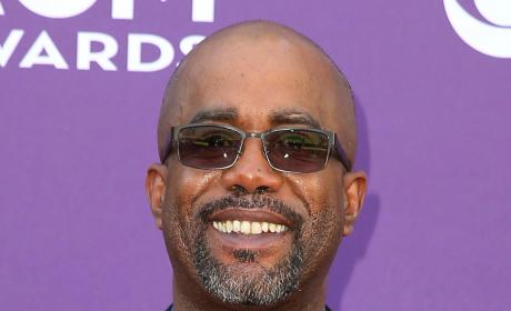 Darius Rucker Reponds to Racist Tweet: Is This 2013 or 1913?