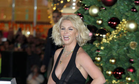 Britney Spears: The LINQ Promenade Tree-Lighting Ceremony