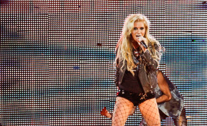 Ke$ha Named Billboard Artist of the Year