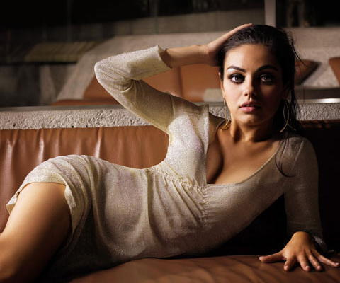 Mila Kunis: Hot!