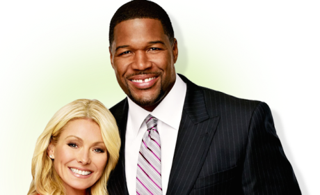 Kelly Ripa and Michael Strahan Promo Pic