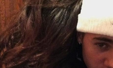 Selena Gomez, Justin Bieber Cuddle Up on Instagram