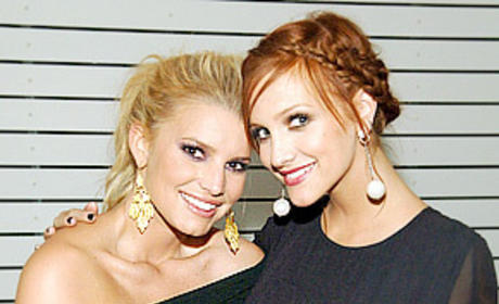 Ashlee and Jessica Simpson Photo